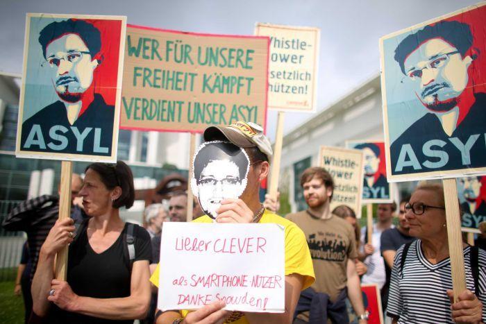 Snowden-testify-against-NSA-in-Germany