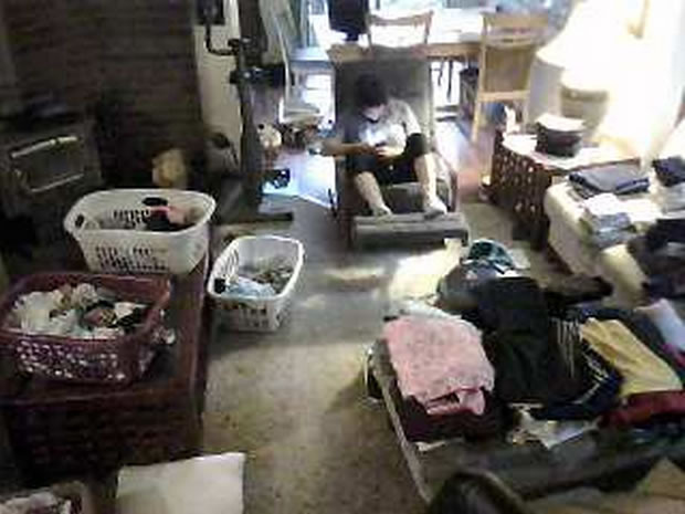 see-how-a-creepy-website-is-streaming-from-73000-private-security-cameras-7