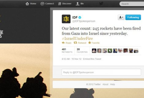 Palestinians and Israelis take battle to social networks