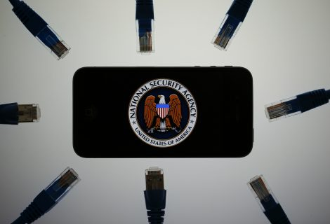 Snowden explains what the NSA can do with your phone even when it's off