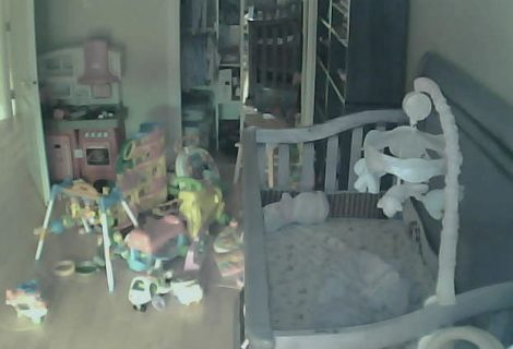 Creepy website shows live footage from 73,000 Private Security Cameras