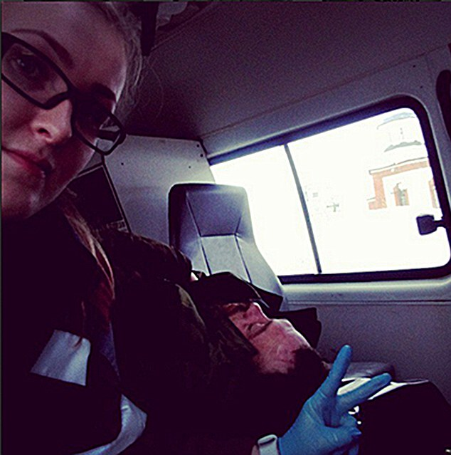 Selfie Psycho: Paramedic Fired for Taking Pictures with Dying Patients