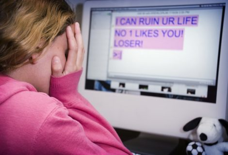 Stop!t: An App for Kids To Report Cyberbullies With Push of A Button