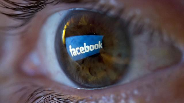 Facebook accepts tracking non-users, claims a 'bug' made it happened