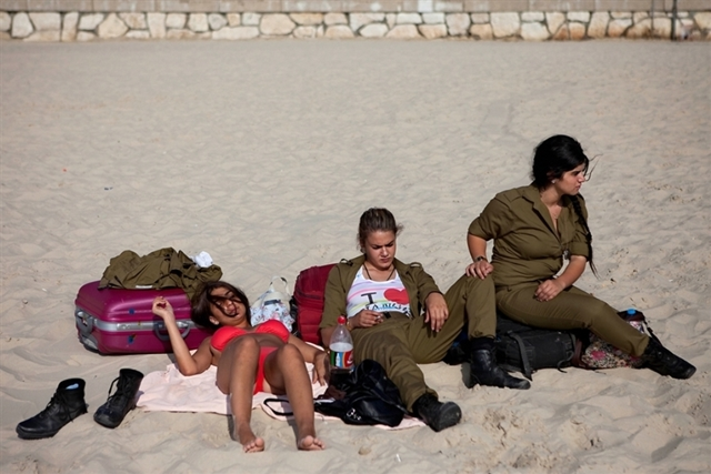 pics-of-idf-women-soilders-helped-hackers-to-breach-israeli-military-servers