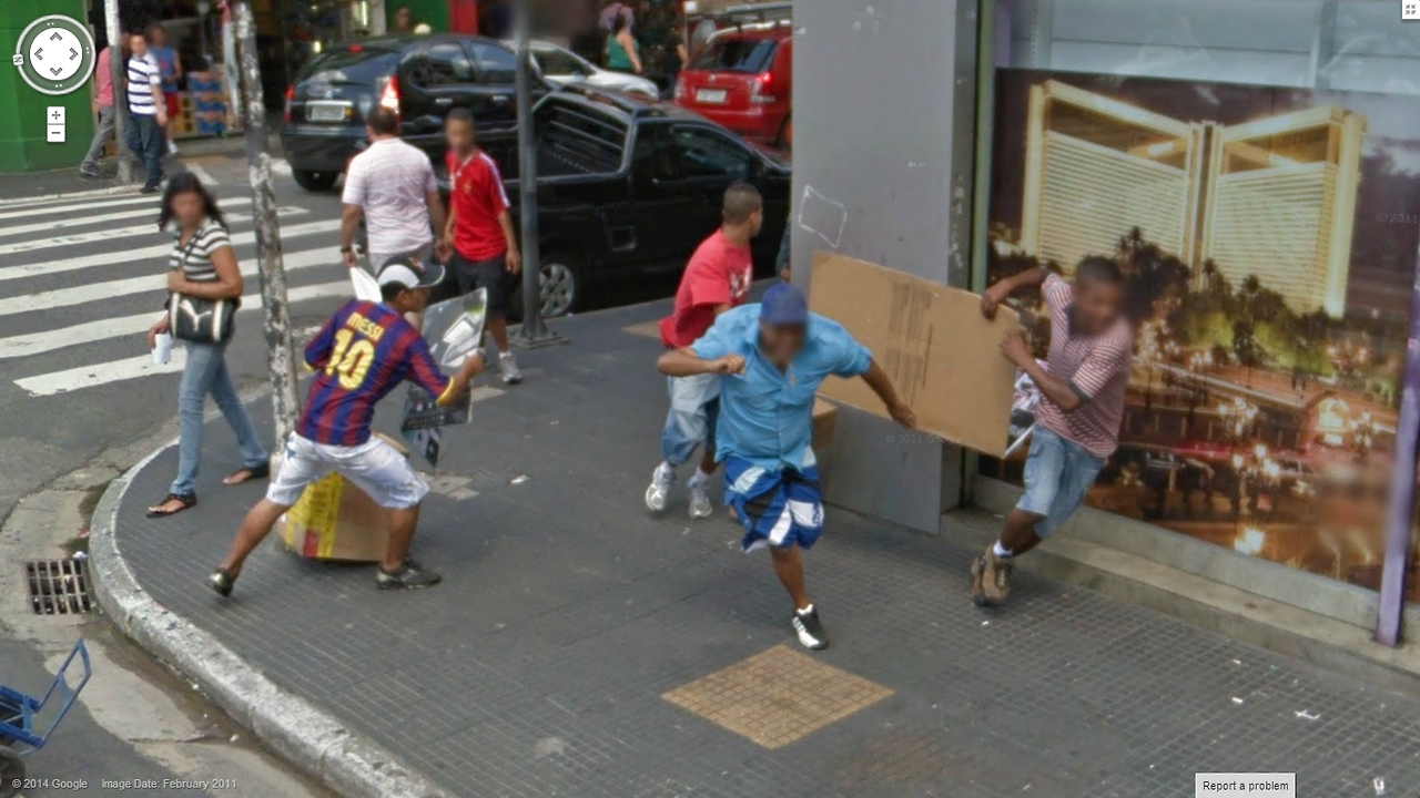 80-funniest-creepiest-strangest-disturbing-google-street-view-images (13)