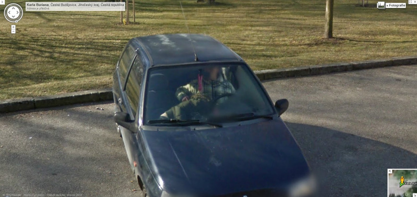80-funniest-creepiest-strangest-disturbing-google-street-view-images (28)