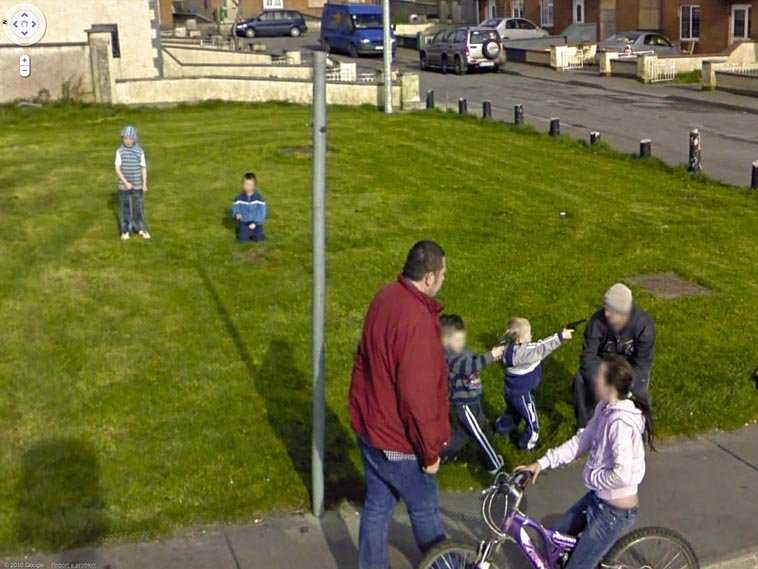 80-funniest-creepiest-strangest-disturbing-google-street-view-images (41)