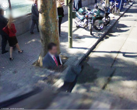 80-funniest-creepiest-strangest-disturbing-google-street-view-images (5)