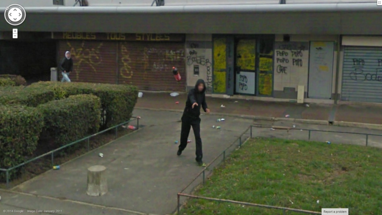 80-funniest-creepiest-strangest-disturbing-google-street-view-images (60)
