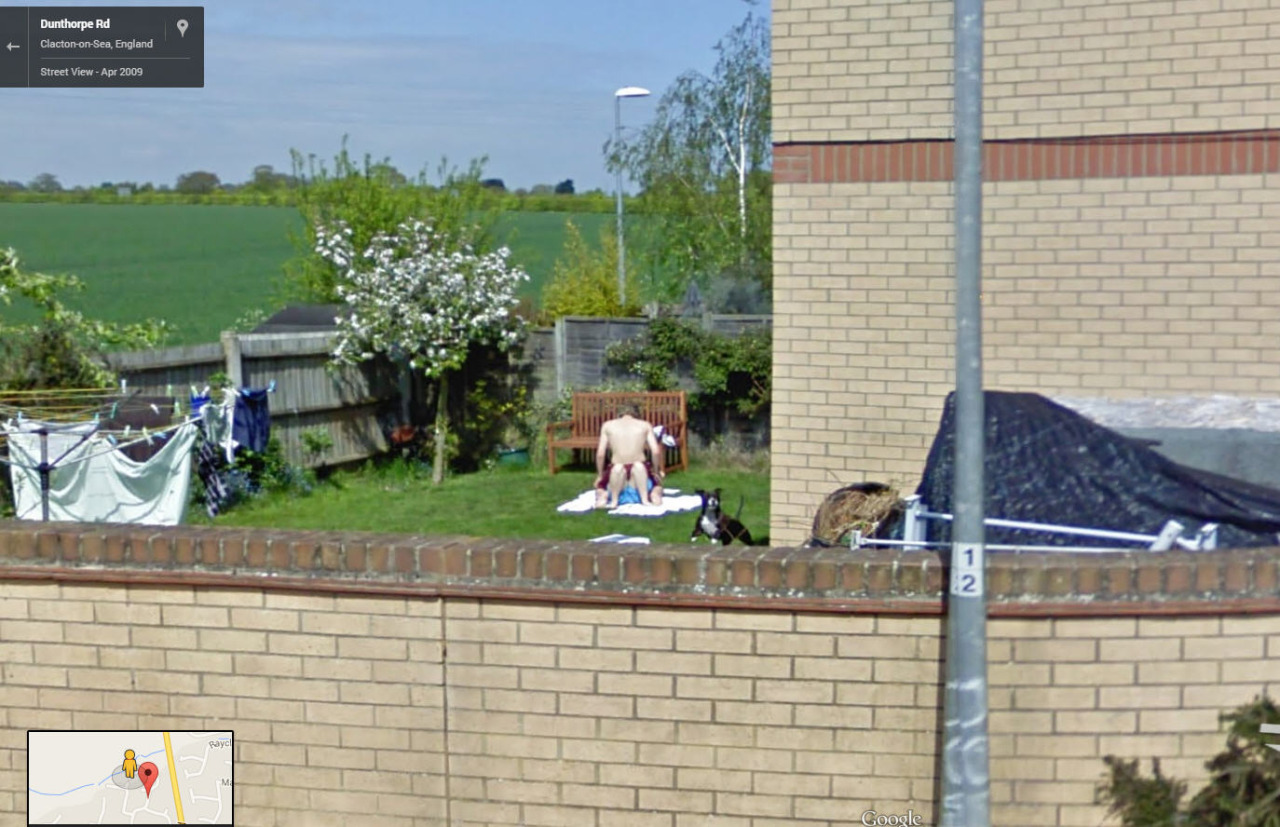 80-funniest-creepiest-strangest-disturbing-google-street-view-images (61)
