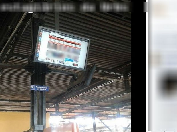 hackers-deface-bus-terminal-computer-screens-into-adult-movie-theater