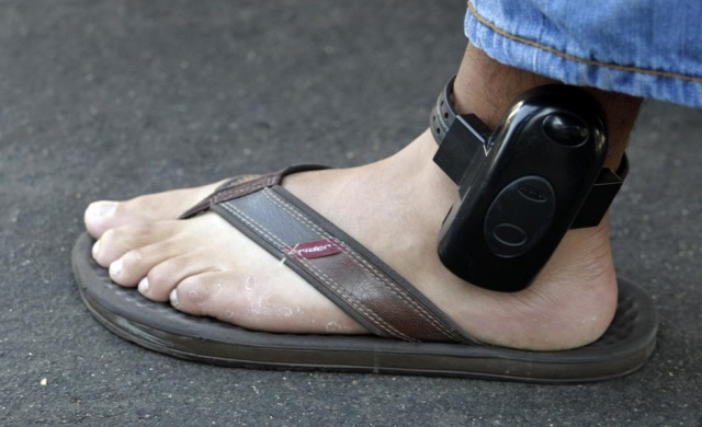 Hackers Can Disable House Arrest Ankle Bracelet without Raising Alert