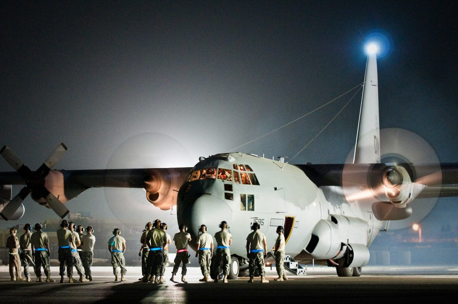 US Air Force EC-130H Aircraft with Hacking Kit can Hack Enemy Networks