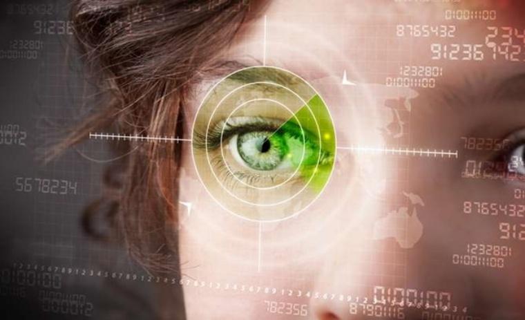 Starbug Hacker Demonstrates How To Crack Iris-Recognition Scanner