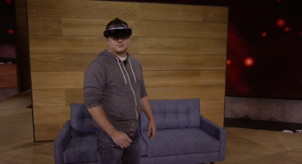microsoft-transforms-sci-fi-into-real-life-with-wearable-hololens-kit-2