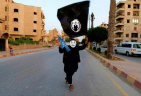 Anonymous Trolls ISIS with Photoshopped Images on Twitter