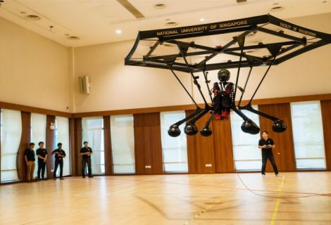 Students Show Off Battery-Based Personal Flying Machine