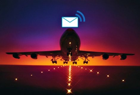 Reporter Gets His Email Hacked on The Plane