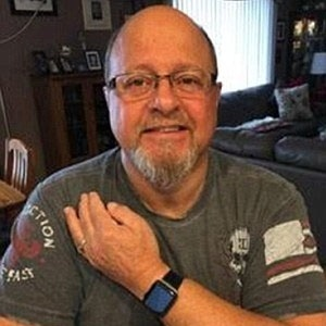 apple-watch-saves-life-of-62-year-old-man-suffering-heart-attack