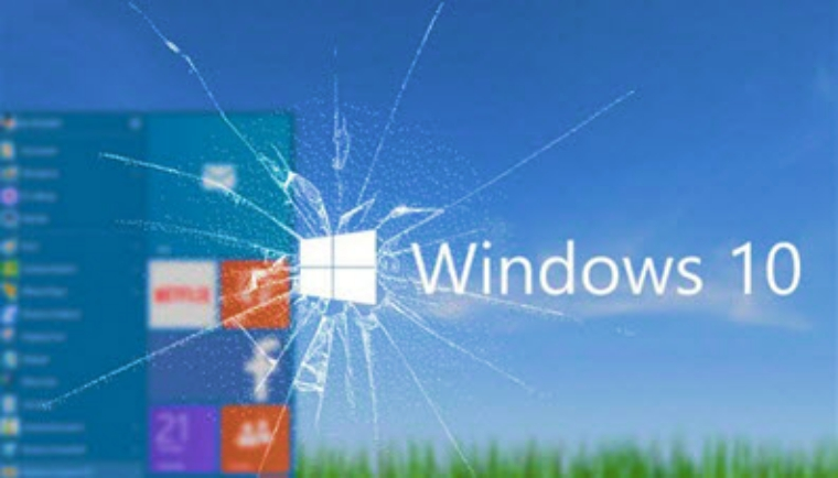 Woman Sues Microsoft for Automatic Windows 10 Upgrades and Wins