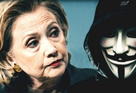 """Anonymous Hacks Sarah Silverman' Twitter For """"Bernie or Bust"""" Comment"""