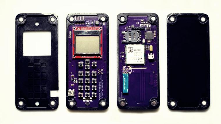 A Cellphone That Can Self-assemble Itself