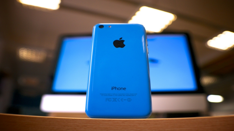 Turns out iPhone 5c can be hacked with a $100 hardware