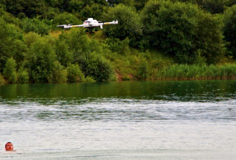 Amazing little rescue drone can prevent people from drowning