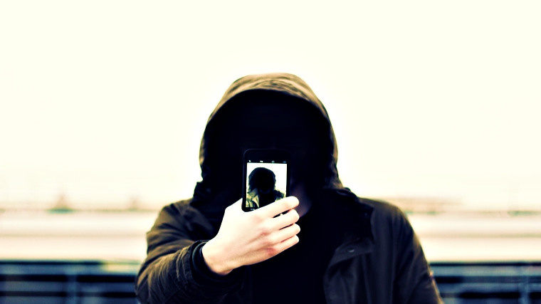 New Android Malware Asks for Selfies; Steals Credit Card Details