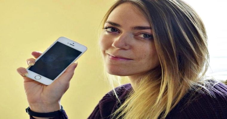 iCloud Glitch? Woman buys iPhone, finds contact details of top celebs