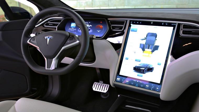 & Watch: Hackers take over Tesla Model X; control brakes and doors