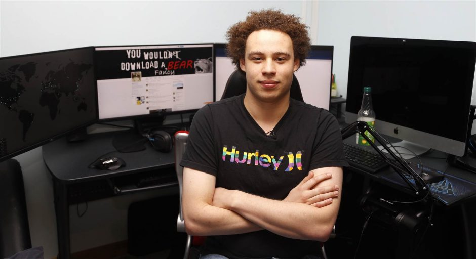 """WannaCry hero arrested For """"creating and distributing Kronos trojan"""""""
