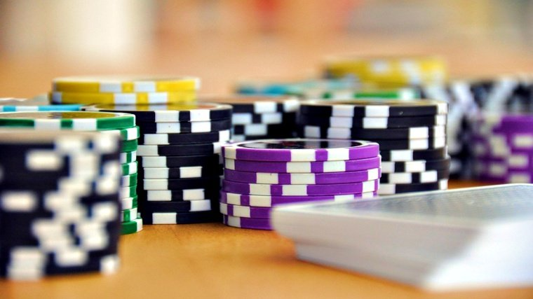 Attacker demands ransom after series of DDoS attacks on Poker site
