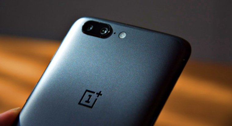 Another preinstalled app found on OnePlus that could collect user data