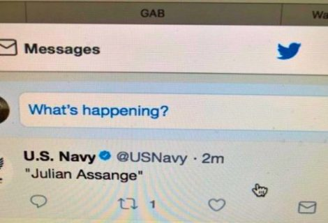 US Navy Tweets about Julian Assange after his account disappeared
