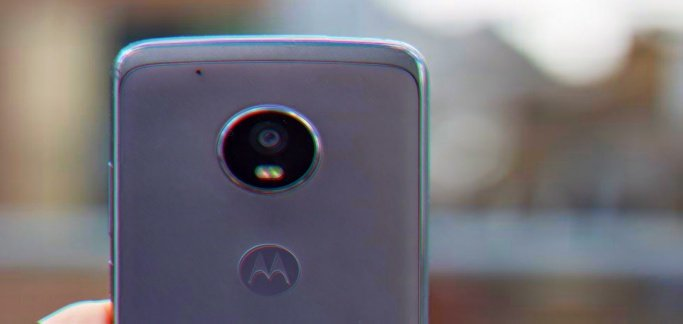 Security flaw in Moto G5 Plus allows anyone to bypass lockscreen