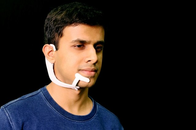 Mind-Reader Headset Transfers Your Thoughts On Screen Silently with 90% Accuracy