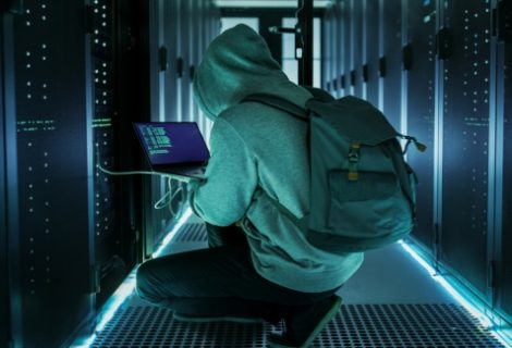 Ex-employee stole secrets of Israeli spyware firm for dark web deals