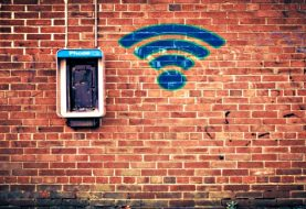 Quick look your right eyes and ears while using public WiFi network