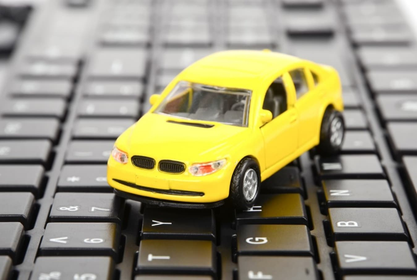 Online Car Insurance >> Buying Car Insurance Online Or Using An Agent
