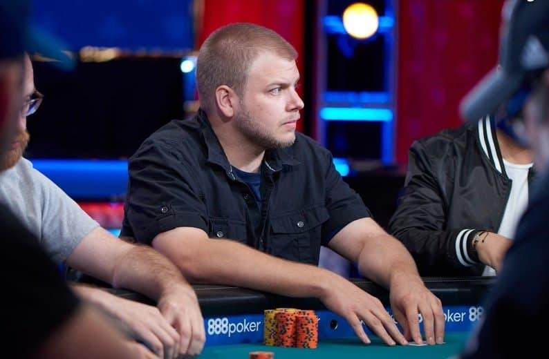 Poker champ jailed for illegal video streaming, downloading websites