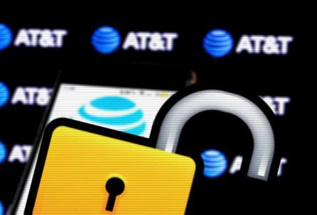 12 years jail for man who unlocked phones, defrauded AT&T of $200m
